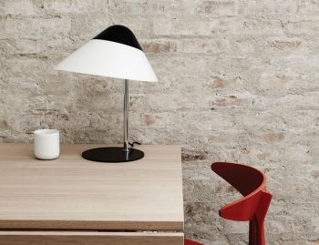 Opala Table Lamp Black by Hans Wegner for Pandul image