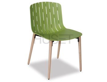 Gotcha Chair Green With Beechwood Legs by Enrique Marti for OOLand image
