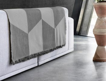 Sway Throw by Tina Ratzer for Muuto image