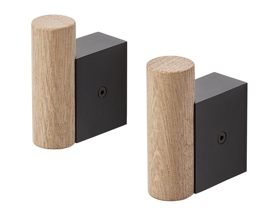 Attach Coat Hook_0002_Attach Coat Hooks Black Oak 2 Set Muuto 5000x5000 Hi Res