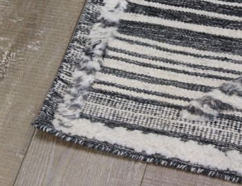Salerno Charcoal Handknotted Wool Rug image